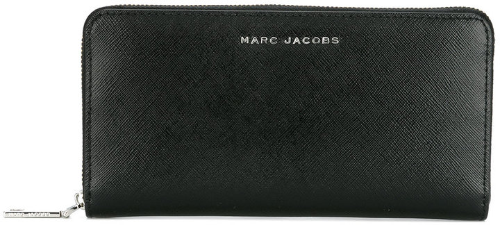 Marc JacobsMarc Jacobs logo plaque wallet