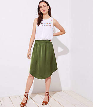 LOFT Petite Fluid Pull On Skirt