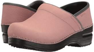 Sanita Signature Textured Oil Pro Women's Clog Shoes