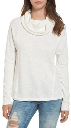 Women's O'Neill Moss Cotton Pullover $49.50 thestylecure.com
