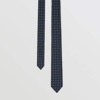 Burberry Modern Cut Graphic Floral Silk Jacquard Tie