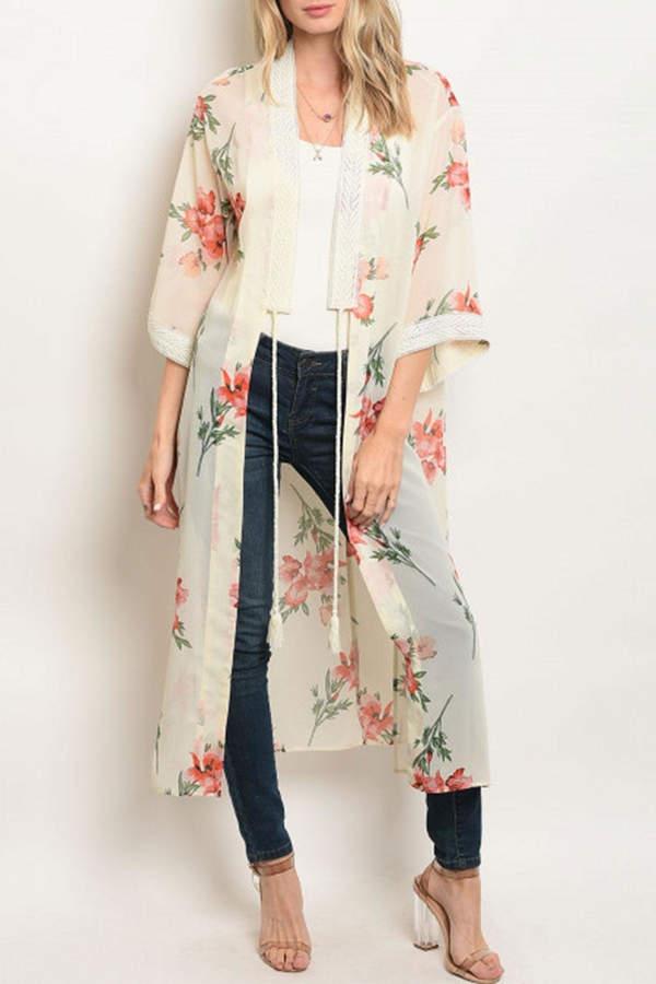 essue Cream/peach Floral Kimono