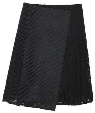 Burberry Pleated macramé lace skirt