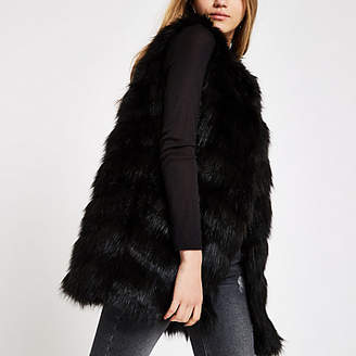 River Island Black faux fur chevron panelled vest