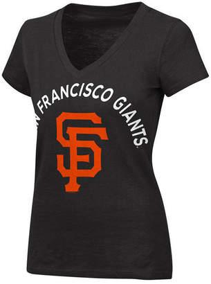 G-iii Sports Women's San Francisco Giants Classic Logo V-Neck T-Shirt