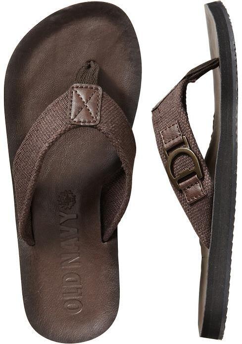 Old Navy Men's Bottle-Opener Buckle Sandals