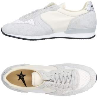 Golden Goose Low-tops & sneakers - Item 11470243