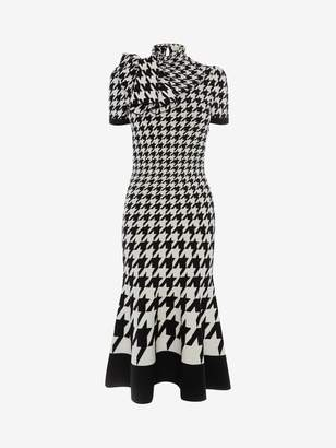 Alexander McQueen Dogtooth Jacquard Midi Knit Dress