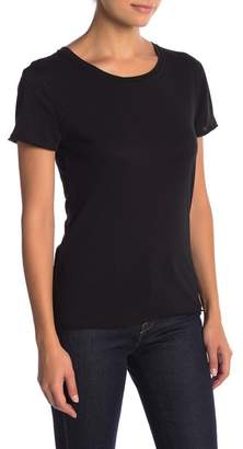 Melrose and Market Short Sleeve Knit Tee (Petite)