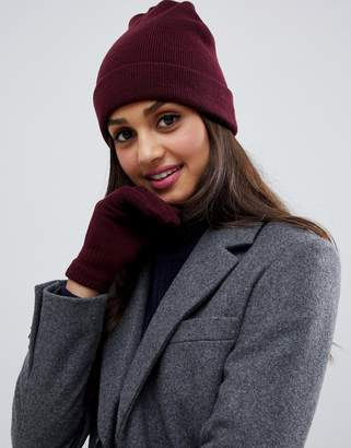 Brave Soul berry beanie with gloves