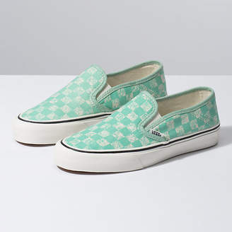 a6ce86546f0 Distressed Checkerboard Slip-On SF
