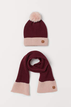 H&M Rib-knit hat and scarf