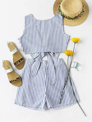 3a40befe8e9 Shein Convertible Vertical Striped Bow Tie Crop Top With Shorts
