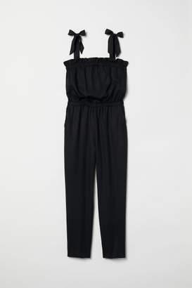H&M Jumpsuit with Flounce - Black