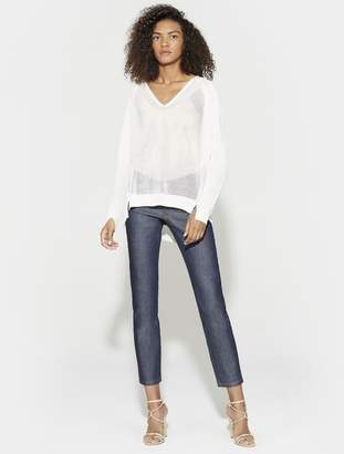 Halston LONG SLEEVE DOLMAN V NECK SWEATER