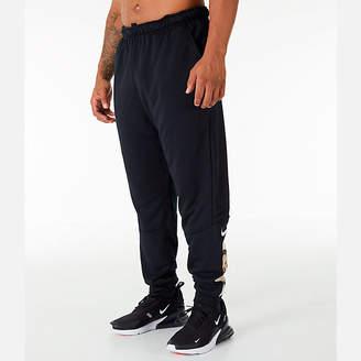 Nike Men's Dry Camo Cuffed Training Pants