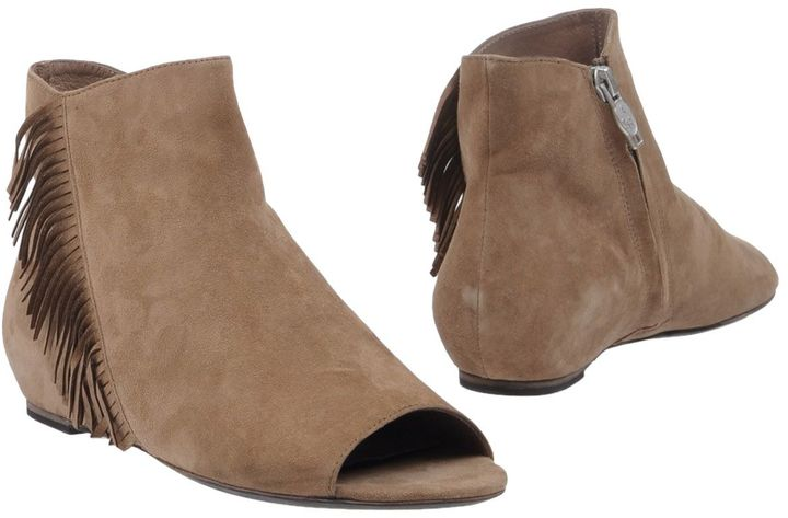 AshASH Ankle boots
