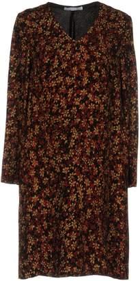 Caractere Short dresses - Item 34732592UU