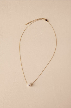 Theia Jewelry Serra Pearl Necklace