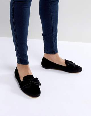 Office Fortress Bow Flat Shoes
