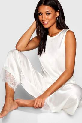 boohoo Bride Lace & Satin PJ Set