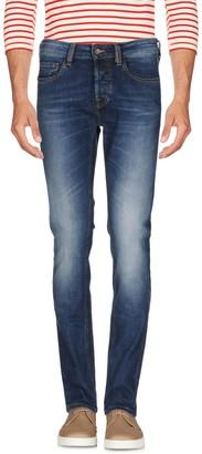 Uniform Jeans