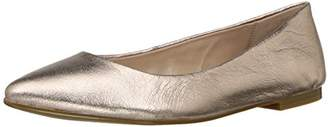 0f372916ba8973 BCBGeneration White Women s flats - ShopStyle