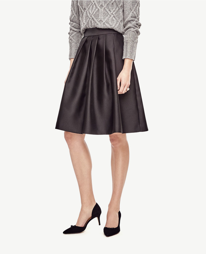 Ann TaylorPleated Taffeta Skirt