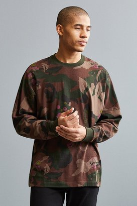 Urban Outfitters UO Printed Drop Shoulder Long Sleeve Tee $34 thestylecure.com
