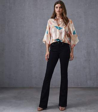 Reiss Our last order date for Christmas has now passed ANABELLE MID RISE SKINNY FLARE JEAN Ink