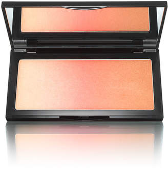 Kevyn Aucoin The Neo-Bronzer2017 Glamour Award Winner