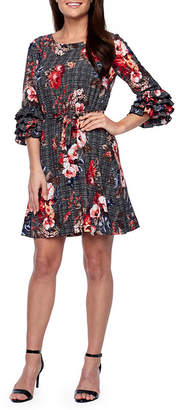 Robbie Bee 3/4 Sleeve Shift Dress