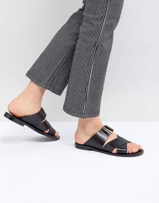 Pull&Bear cross strap flat sandal in black