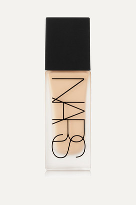 NARS All Day Luminous Weightless Foundation - Ceylan, 30ml