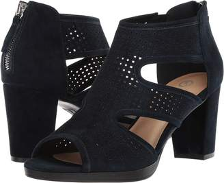 Bella Vita Leslie Women's Wedge Shoes