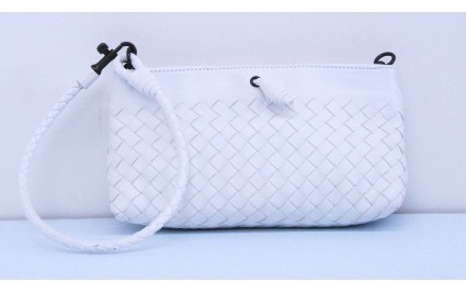 Bottega Veneta excellent (EX White Leather Mini Ponza Wristlet Shoulder Bag