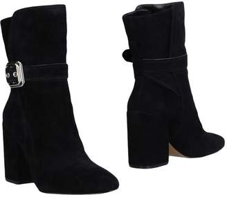 Vince Camuto Ankle boots - Item 11479343OA