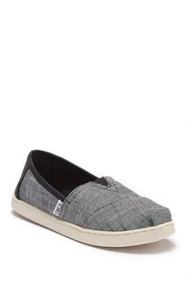 Toms Classic Textured Chambray Slip-On Sneaker (Little Kid & Big Kid)