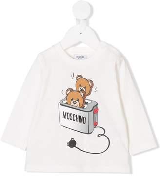 Moschino Kids Teddy toast print top
