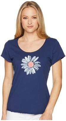 Life is Good Big Daisy Smooth Scoop Tee Women's T Shirt