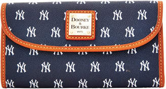 Dooney & Bourke MLB Yankees Continental Clutch