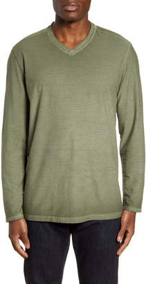 Tommy Bahama Cirrus Coast Classic Fit Long Sleeve V-Neck T-Shirt