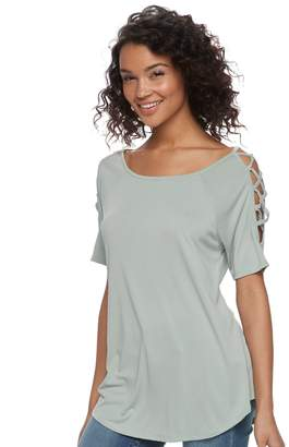 Juniors' Cloud Chaser Latticework Cold-Shoulder Tee