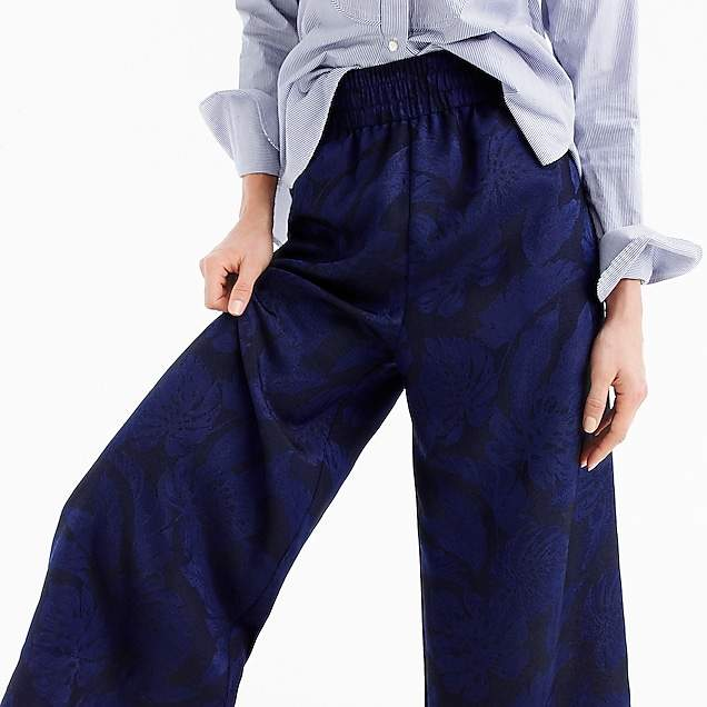 Cropped pull-on pant in jacquard
