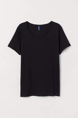 H&M Low-cut T-shirt - Black