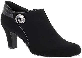 Easy Street Shoes Whisper Womens Shooties