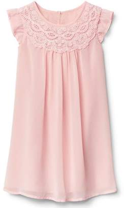 Lace neckline flutter dress $39.95 thestylecure.com