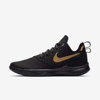 Nike LeBron Witness III Men's Shoe