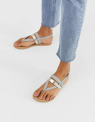 Office salute leather flat sandals
