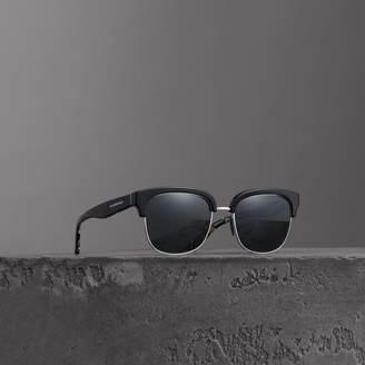 Burberry Check Detail D-frame Sunglasses
